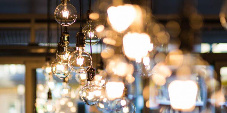 wpływ oświetlenia na nastrój