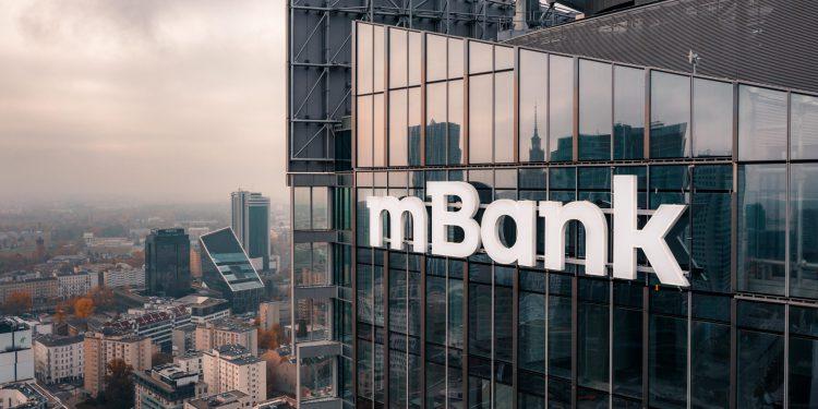 mbank podnosi opłaty dla klientów firmowych