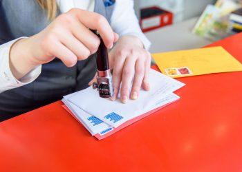 poczta wycofuje znaczki